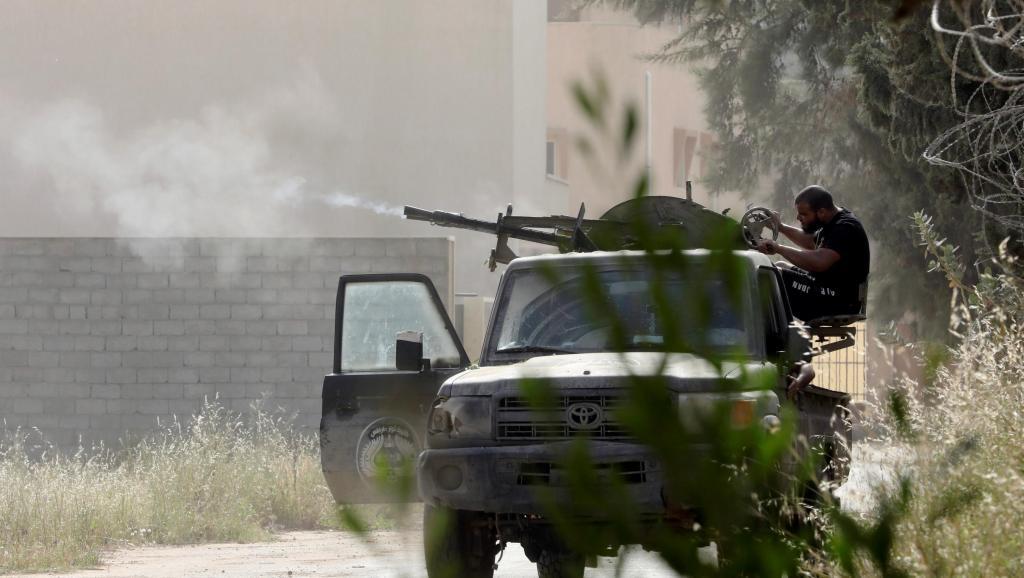 Libye: des dizaines de véhicules blindés livrés aux forces du GNA