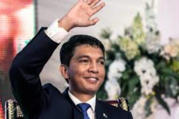 Législatives à Madagascar: l'annonce des résultats par Rajoelina fait polémique