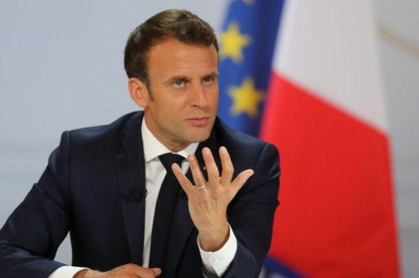 Après l'attaque au Niger, Emmanuel Macron veut renforcer la sécurité des Français au Sahel