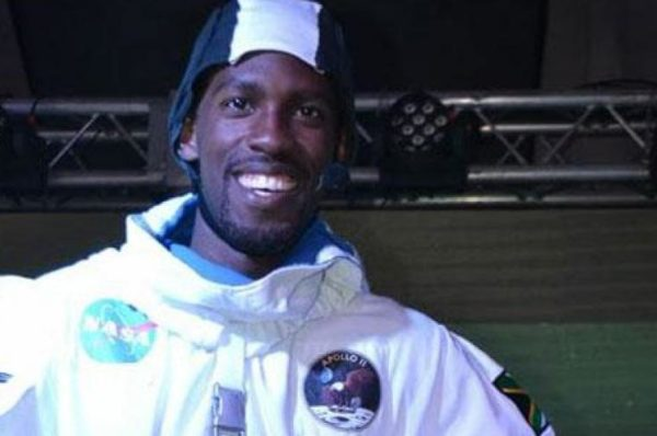 Afrique du Sud : décès de l'« Afronaute », l'homme qui devait être le premier Africain noir à aller dans l'espace