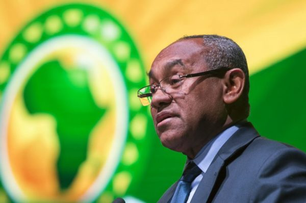 Ahmad, le patron de la CAF, s'est fait rembourser des dépenses pour les mêmes jours mais dans des pays différents