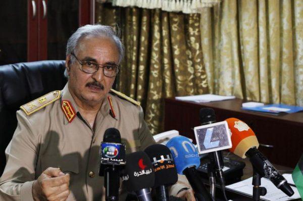 Libye : « Menacé de déclin, Khalifa Haftar va opter pour une escalade destructrice »