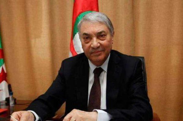 Algérie : Ali Benflis rencontre Karim Younès et estime que « la présidentielle est la voie la plus réaliste »