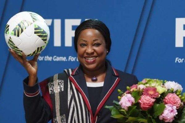 Tutelle de Fatma Samoura : la FIFA remet de l'ordre à la CAF d'Ahmad Ahmad