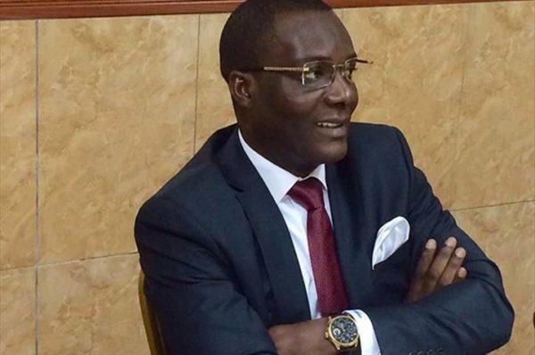 Gabon : l'ancien ministre Ali Akbar Onanga Y'Obegue exclu du parti au pouvoir