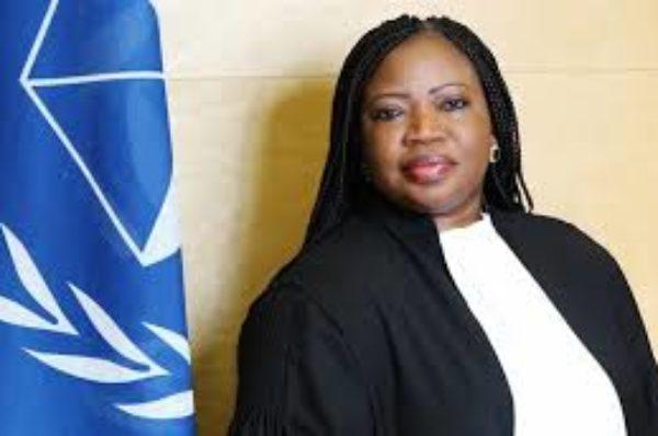 Fatou Bensouda accusée d'avoir tu les crimes commis sous Jammeh en Gambie