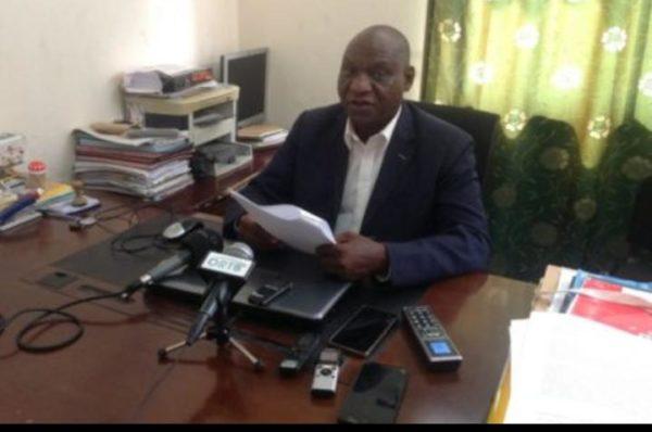 Eugène Azatassou : « Talon a mis nos institutions à terre, la reprise des législatives et une table ronde s'imposent à nous »