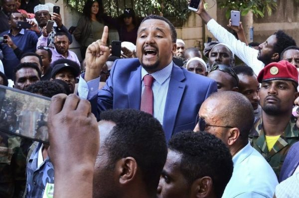 Jawar Mohammed, l'opposant qui défie le pouvoir d'Abiy Ahmed en Éthiopie
