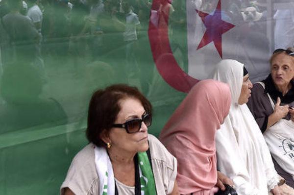 Vue d'Alger, « l'élection tunisienne nous redonne espoir »