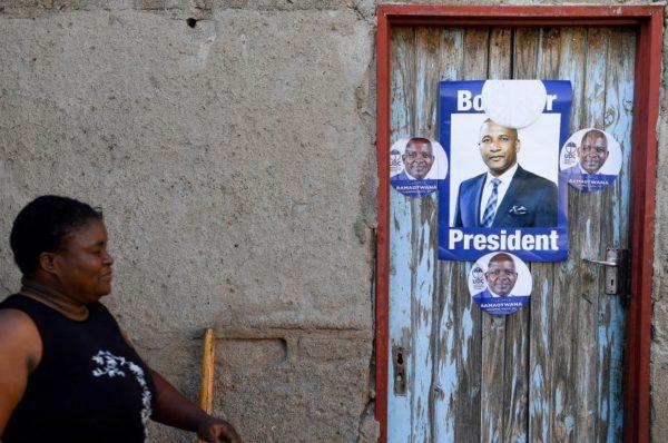 Le Botswana vote pour le premier véritable défi au parti au pouvoir