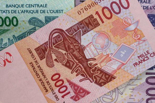 Franc CFA: débat autour d'une nouvelle monnaie ouest-africaine organisé à Paris
