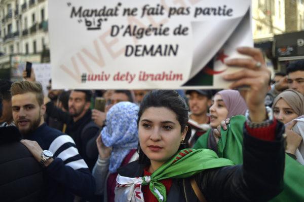 En Algérie, les étudiants à nouveau dans les rues d'Alger pour « une transition démocratique »