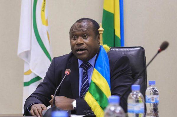 « L'Afrique souffre de surendettement à cause de la corruption »