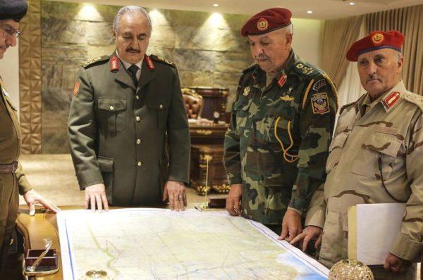 Crise libyenne : Haftar essuie des tirs de sommation américains