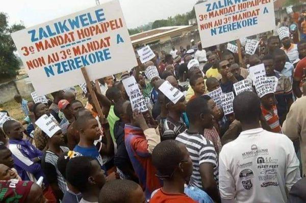 Nzérékoré et Labé en alerte contre un 3ème mandat pour Alpha Condé