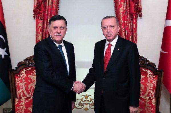 Accord militaire Turquie-Libye: Erdogan reçoit Sarraj à huis clos