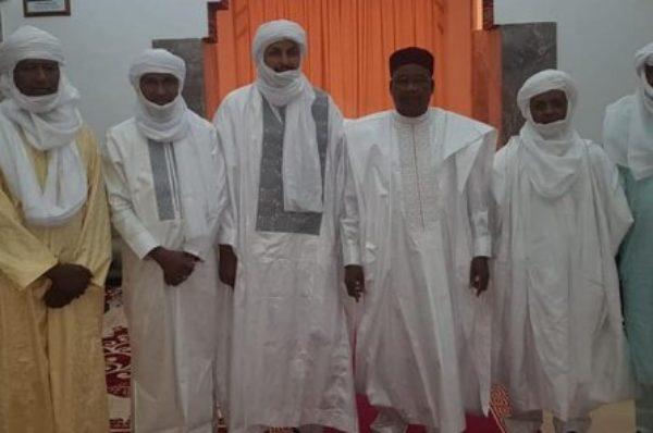 Niger-Mali : Mahamadou Issoufou a reçu des chefs touaregs de Kidal