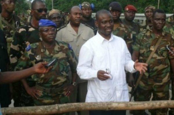 Côte d'Ivoire : Soro riposte au mandat international contre lui
