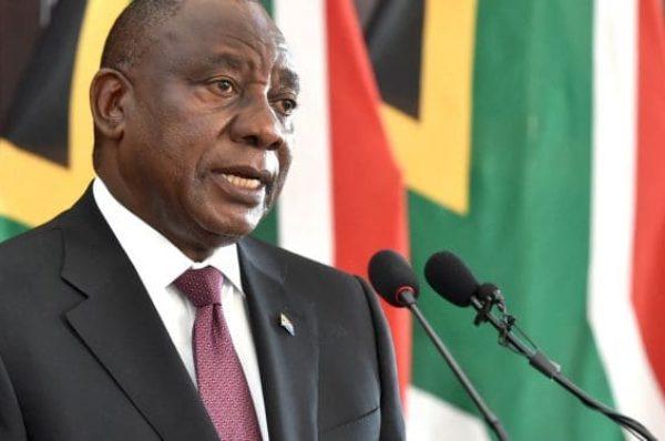 Ramaphosa veut retourner la crise économique en «opportunité» pour l'Afrique du Sud