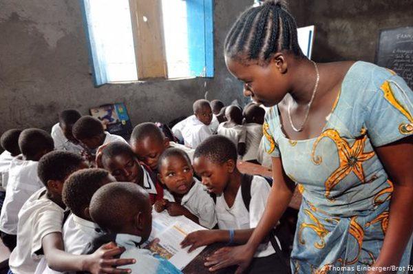 Des enseignants congolais sans salaire depuis des mois