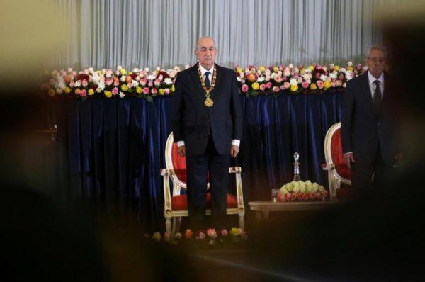 Algérie: le président Tebboune nomme une commission pour réviser la Constitution