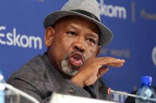 La chaise Eskom de S.Africa démissionne après des coupures de courant pendant les vacances
