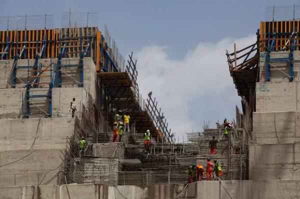 Barrage sur le Nil : l'Ethiopie veut de l'électricité, l'Egypte a peur de manquer d'eau