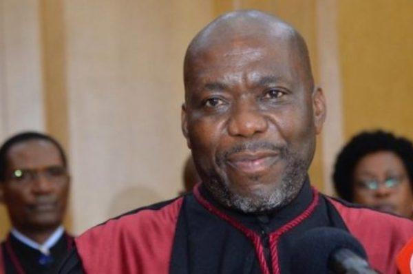 En Angola, le procès pour corruption du fils de l'ex-président dos Santos débute