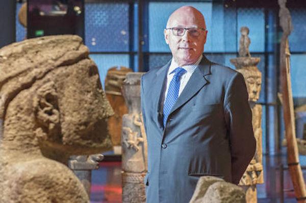 L'ex-patron du Quai Branly dénonce un rapport prônant des restitutions massives d'œuvres à l'Afrique