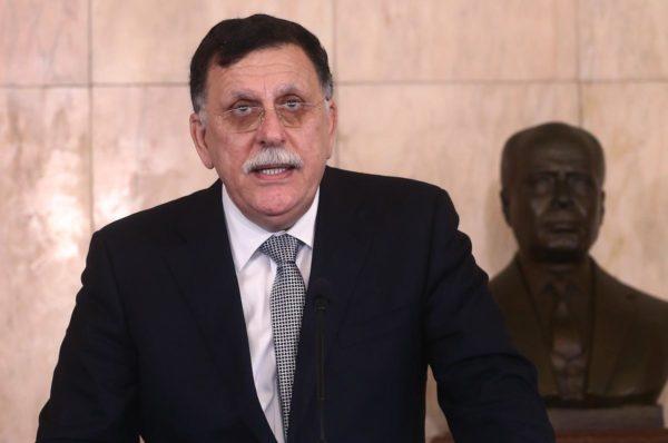 Crise libyenne : Tripoli et Tobrouk acceptent d'observer une trêve humanitaire