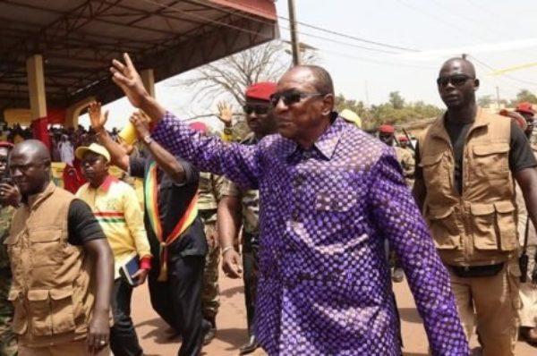 Guinée : le président Alpha Condé visé par une plainte pour corruption en France