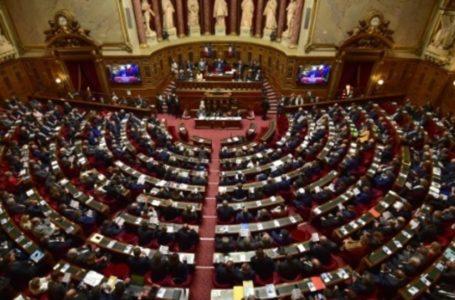 Feu vert du Sénat à des restitutions de biens culturels au Sénégal et au Bénin