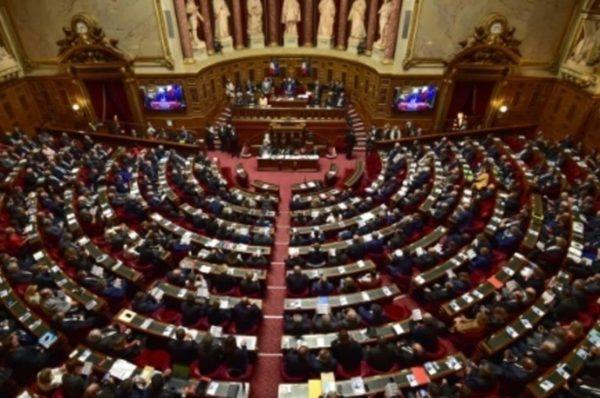 Un colloque au Sénat sur les responsabilités du génocide rwandais fait polémique
