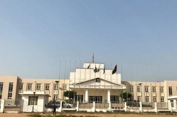 Guinée-Bissau: les fonctionnaires pris en étau entre les deux gouvernements