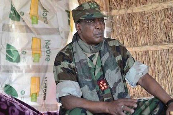 Idriss Déby Itno se retire des opérations antidjihadistes hors Tchad