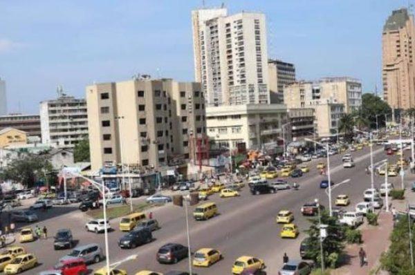 Coronavirus : à Kinshasa, le quartier de la Gombe se prépare au confinement