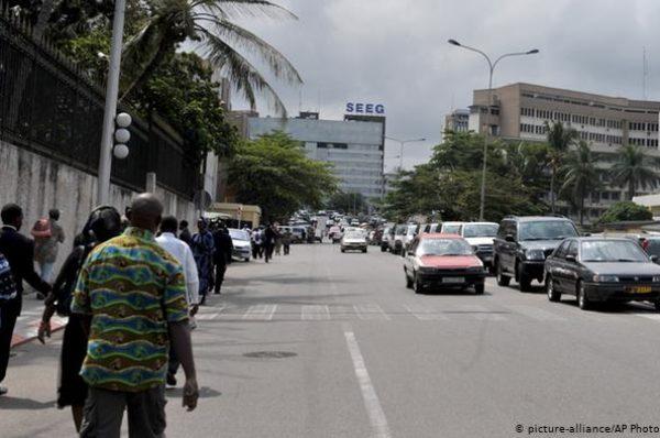 Au Gabon, la loi sur la dépénalisation de l'homosexualité divise