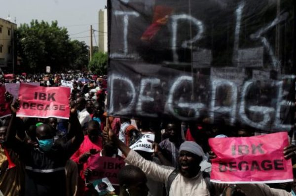 Le président malien appelle à « remembrer » la Cour constitutionnelle pour sortir de la crise