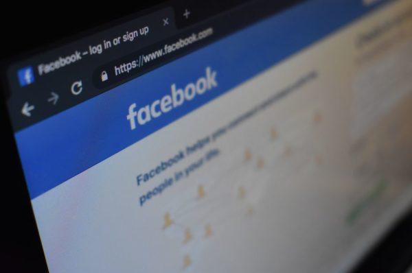 Les trolls français et russes luttent pour leur influence en Afrique, selon Facebook