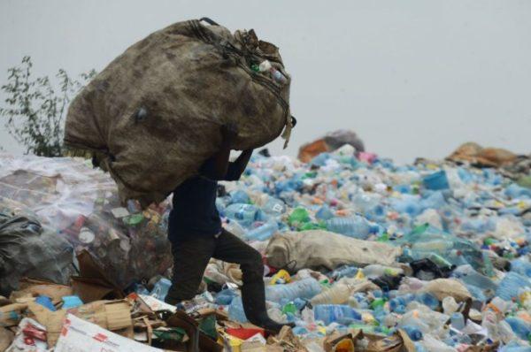 Kenya : le plastique dans le viseur