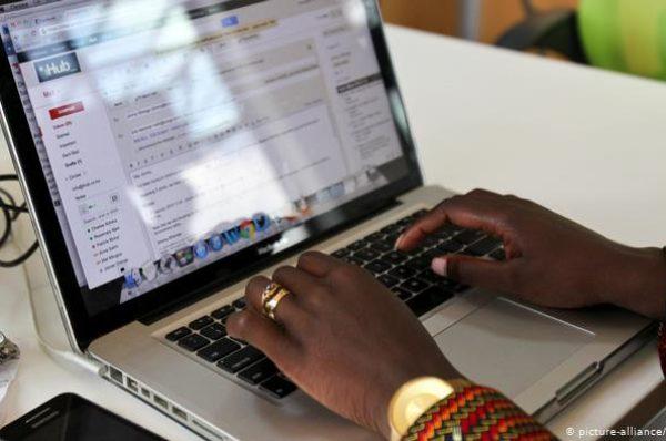 Médias en ligne au Bénin: réactions après le coup de poing sur la table de la HAAC