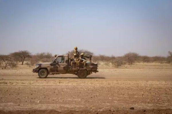 HRW dénonce les exécutions extrajudiciaires de 180 personnes au Burkina Faso