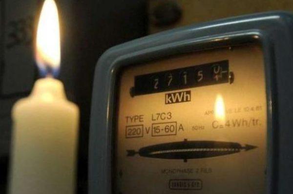 Les coupures de courant reviennent, ajoutant aux frustrations en Afrique du Sud fatiguée par COVID