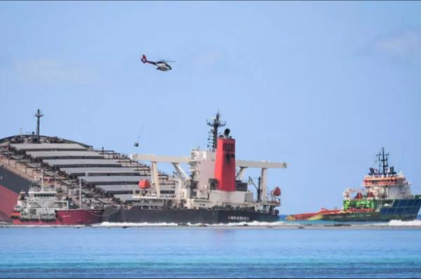 Marée noire à l'île Maurice : le capitaine du bateau arrêté