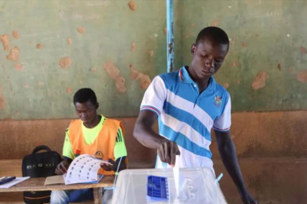 Burkina Faso: inquiétudes autour d'un projet de loi modifiant le code électoral