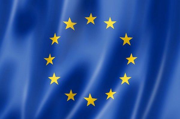 L'UE envisage de partager les vaccins COVID-19 excédentaires avec les pays les plus pauvres