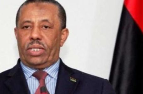 Abdallah al-Theni, Premier ministre du gouvernement parallèle libyen, a démissionné à la suite des manifestations importantes dans les villes dans l'est du pays.