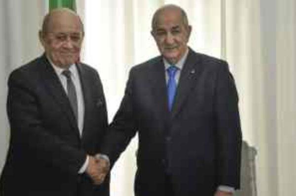 Libye : à Alger, Le Drian plaide pour une plus grande implication diplomatique des pays voisins
