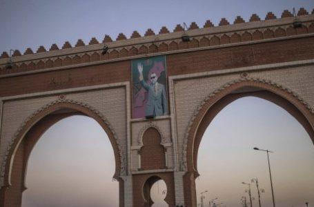 Une arche à l'entrée de la ville de Dakhla, dans le Sahara occidental, le 21 décembre 2020. Une arche à l'entrée de la ville de Dakhla, dans le Sahara occidental, le 21 décembre 2020. © Mosa'ab Elshamy/AP/Sipa