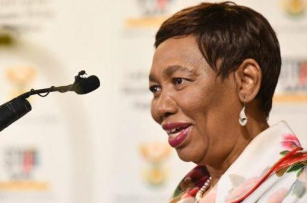 « Un homme éduqué ne violera pas » : tollé après les propos d'une ministre en Afrique du Sud